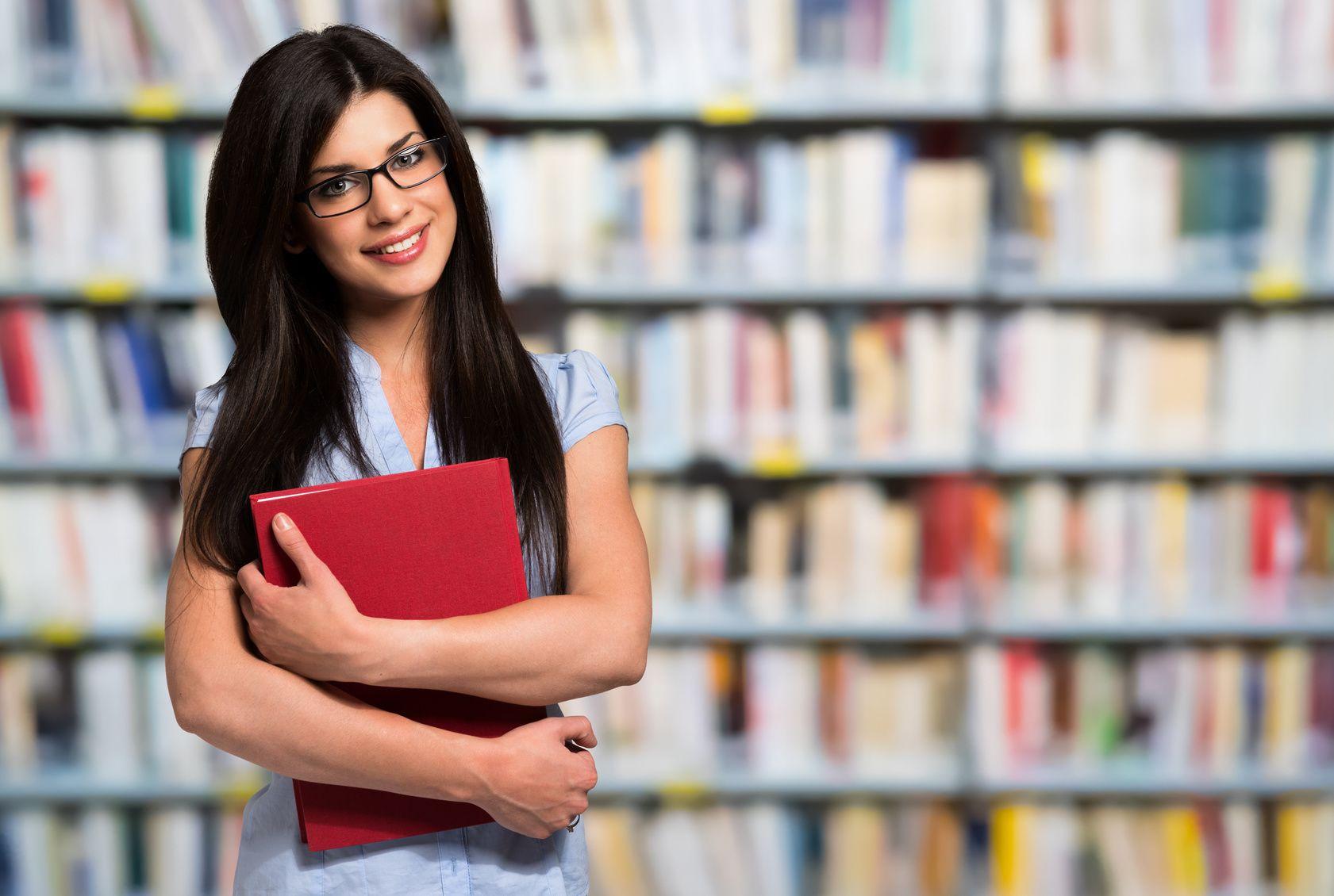 12 Gründe, warum die Bibliothek Dein Lieblingsort für die Bachelorarbeit oder Masterarbeit ist