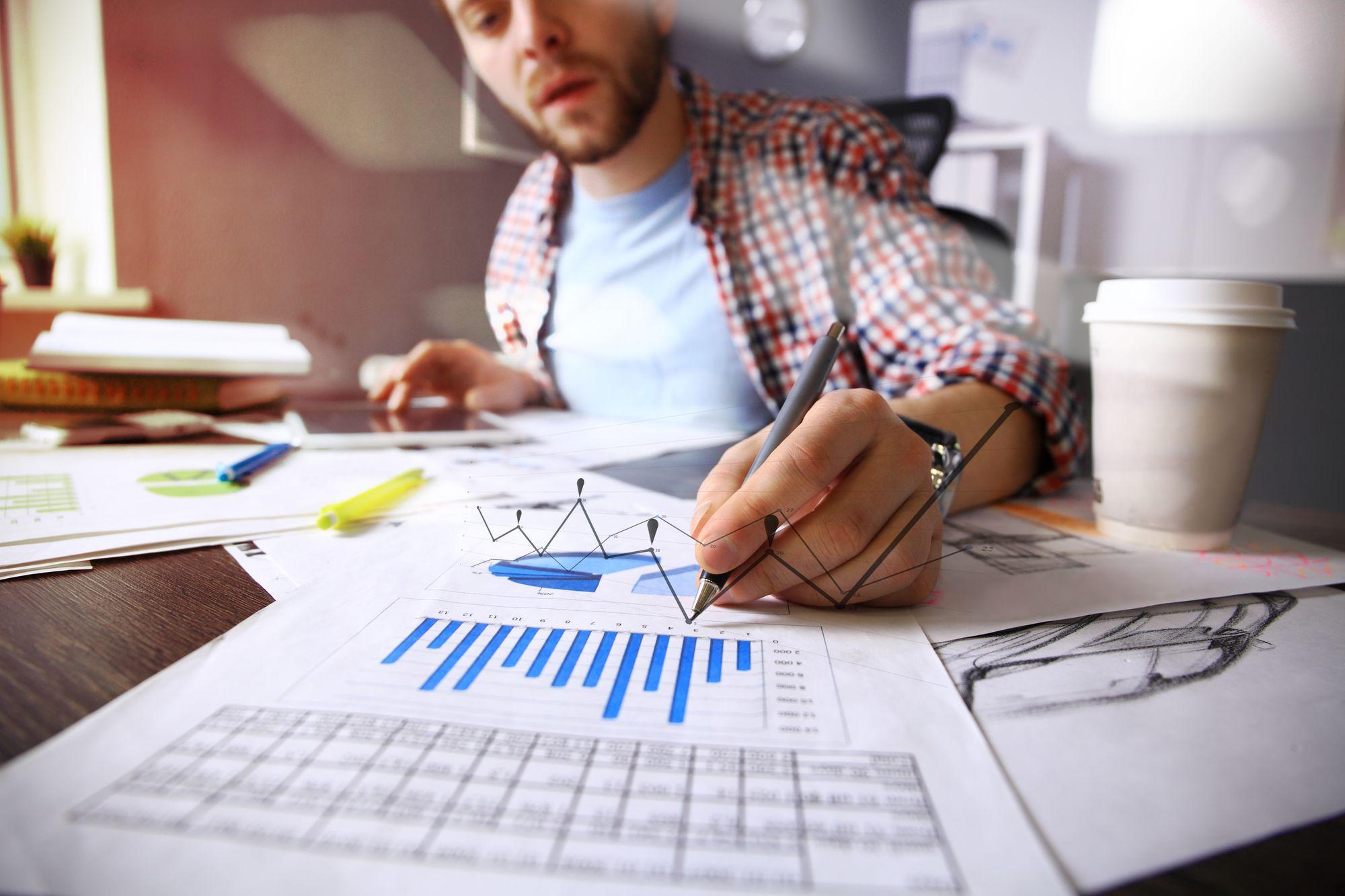Wie mache ich eine Entwicklungs-Analyse in meiner Bachelorarbeit oder Masterarbeit?